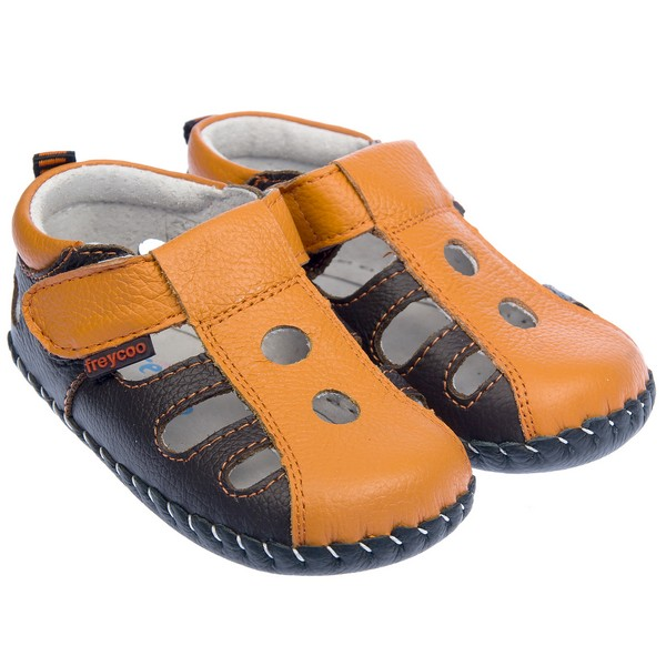Boys' casual boots are ideal for school and everyday wear. Find him the perfect boot for any occasion today. Find him the perfect boot for any occasion today. With such a wide variety of shoes available at such great prices, you can keep up with your boy's growth and active life without breaking the budget.